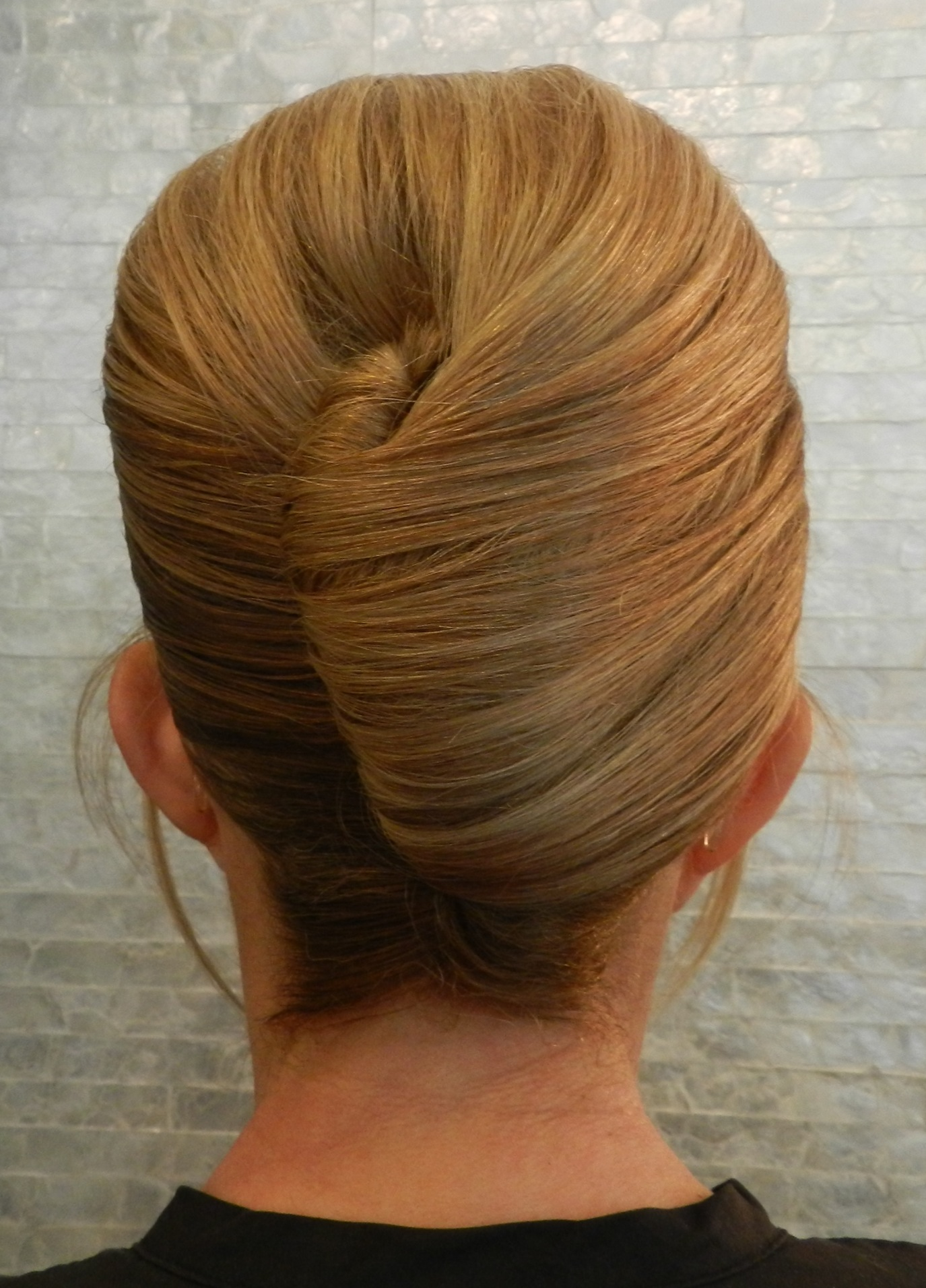 15 Amazingly Easy Updo Hairstyles For Long Hair